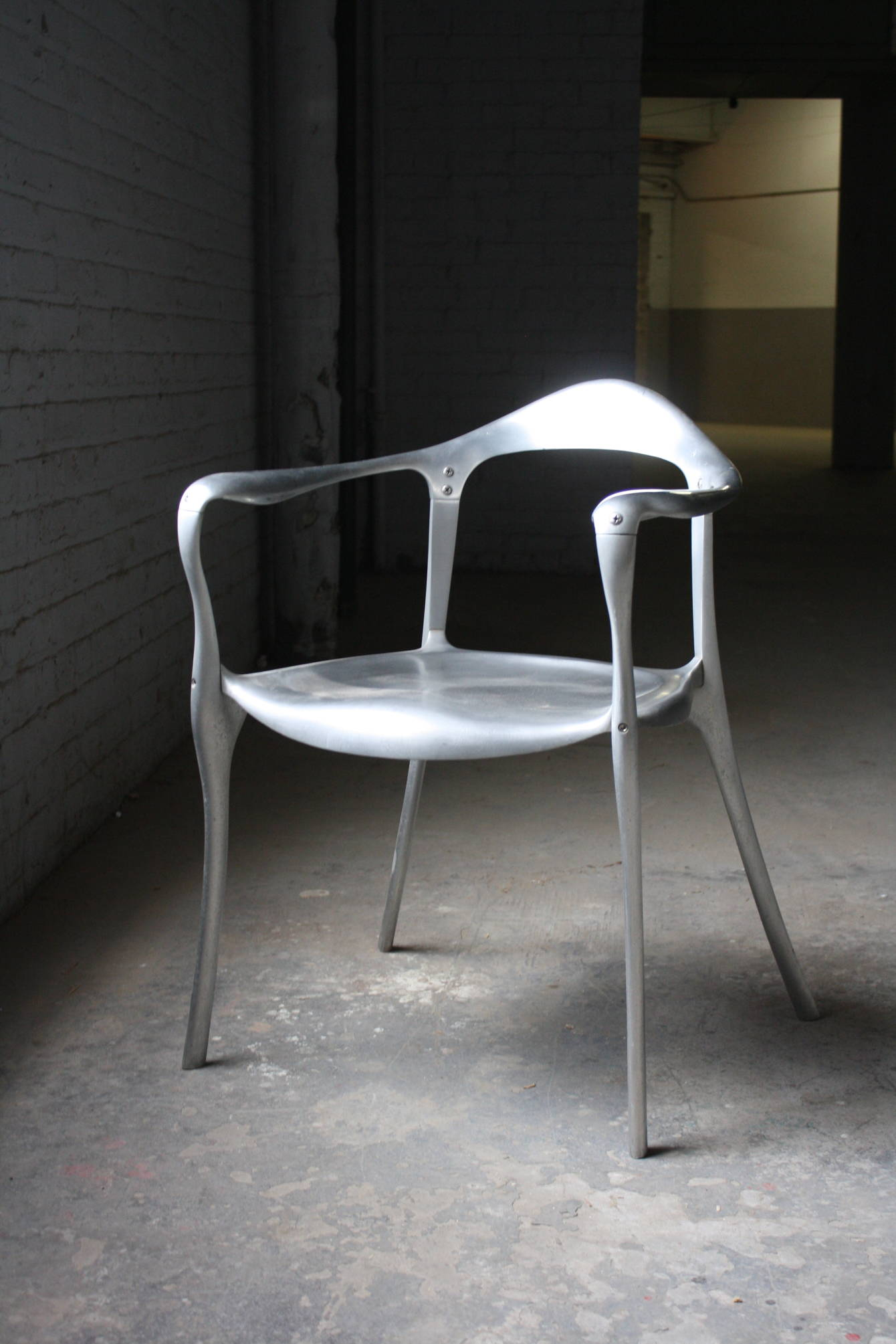 Superbe Cast Aluminum Chair